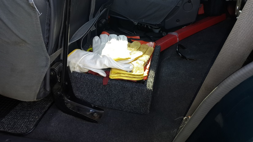 8 Boxes under rear seats whith recovery gear.jpg