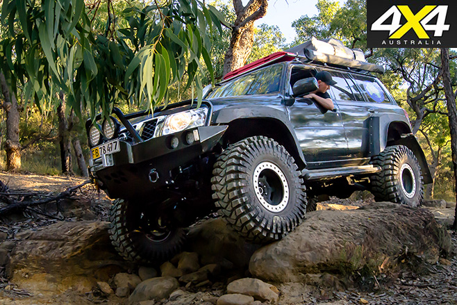 custom-nissan-patrol-gu-side-driving.jpg