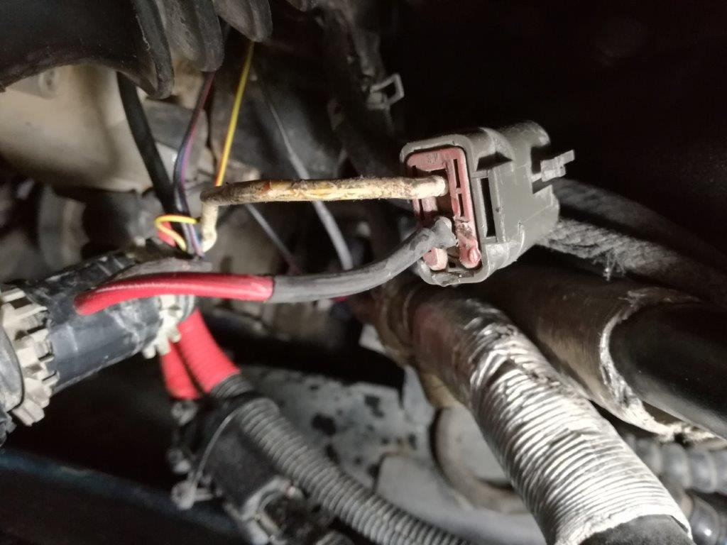 Alternator -charge cable repair 1.jpg