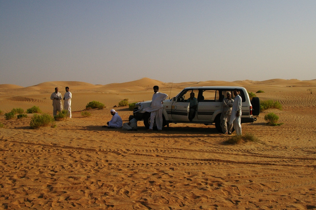 The Toyota guys dont even park near the Patrols in AbuDhabi.jpg